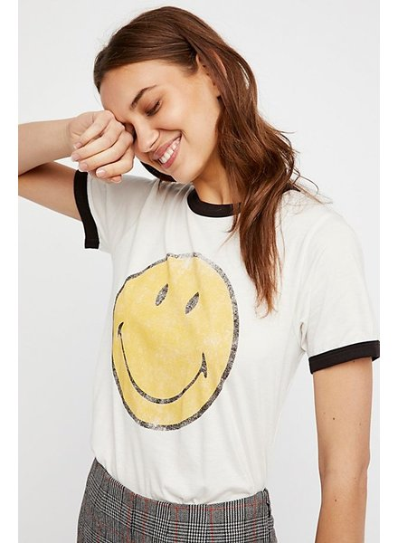 Daydreamer Classic Smiley Oversized Tee