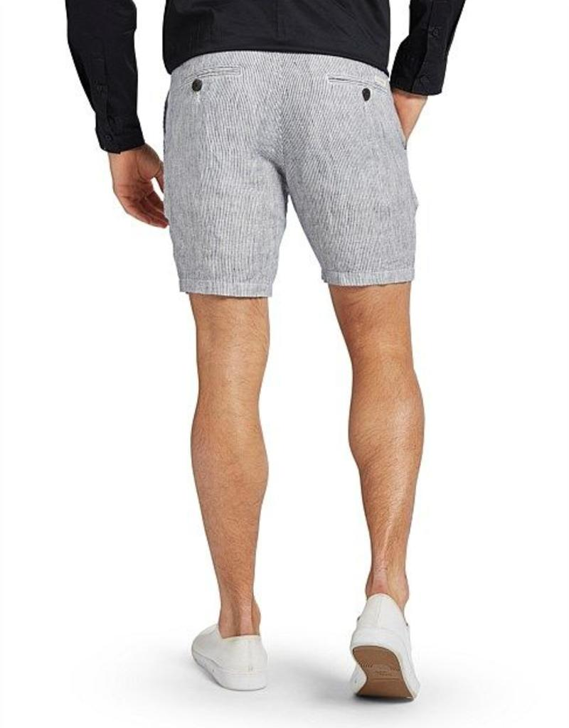 THE ACADEMY BRAND THE ACADEMY BRAND CRESTWOOD SHORT