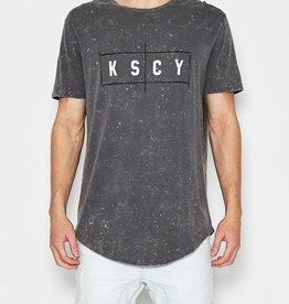KISSCHACEY KISS CHACEY LIVE SCOOP BACK TEE