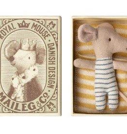 Maileg Souris bébé - Sleepy/Wakey en boîte - Garçon