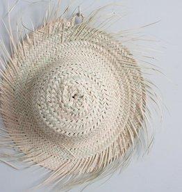 Chapeau en Feuilles de Palmier