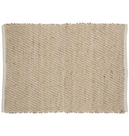 Carpet - Beige with weaved motif