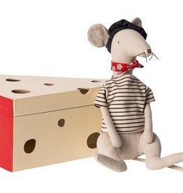 Maileg Rat dans sa Boîte de Fromage - Gris Pâle