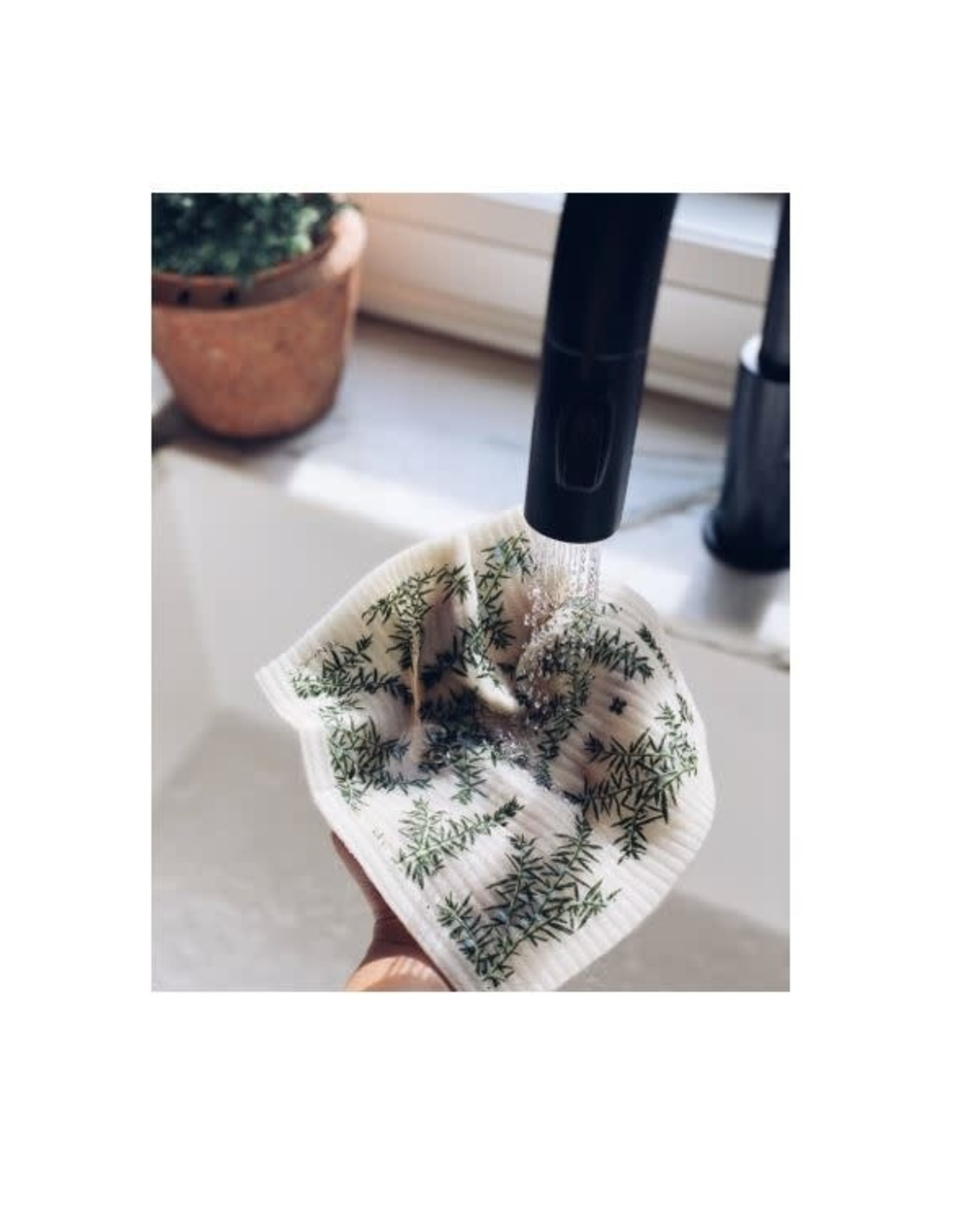 Sponge Cloth Juniper Greens - White