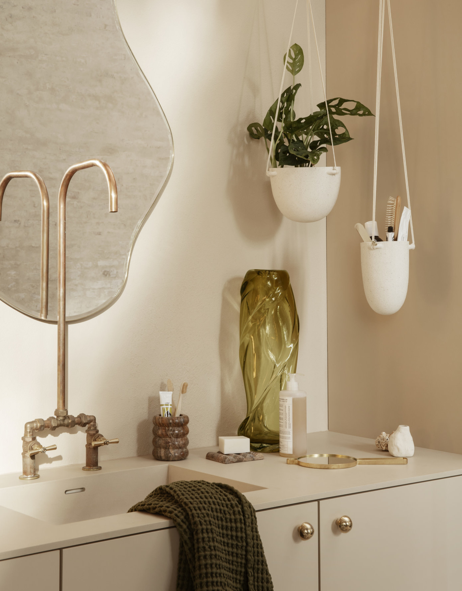 Ferm Living Speckle Hanging Pot - Small
