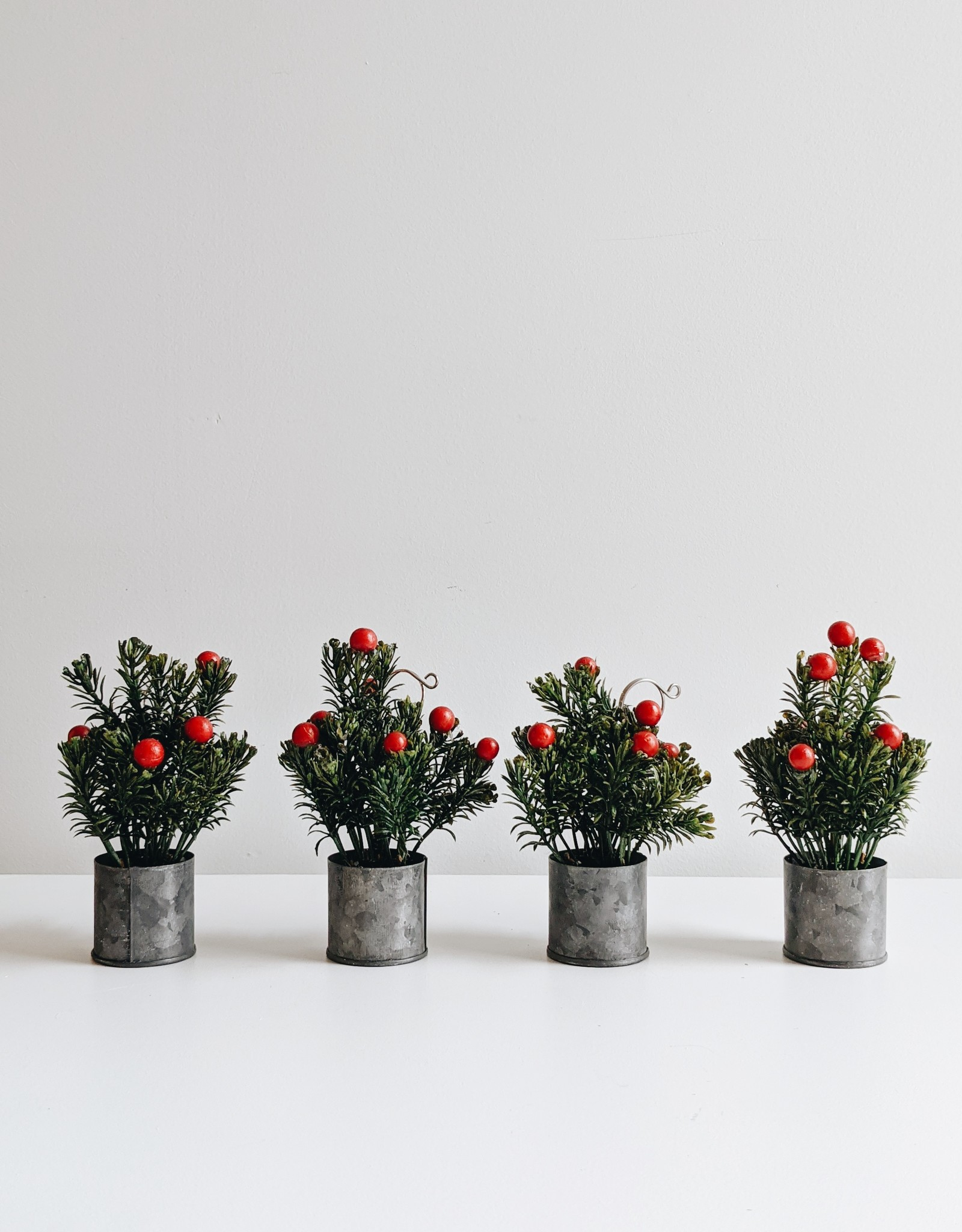 Faux Evergreen Place Card Holders (set of 4)