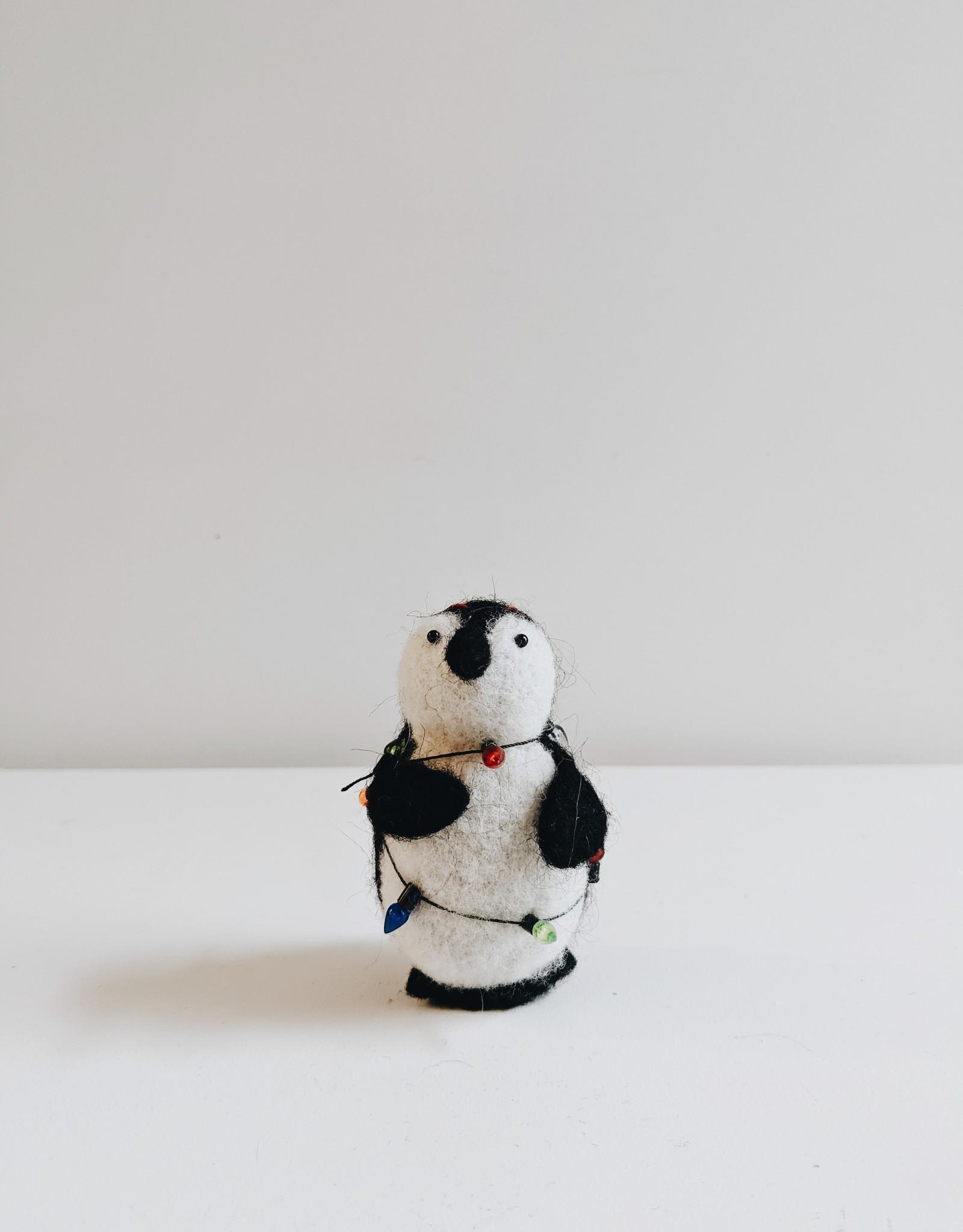 Penguin w/Lights Ornament