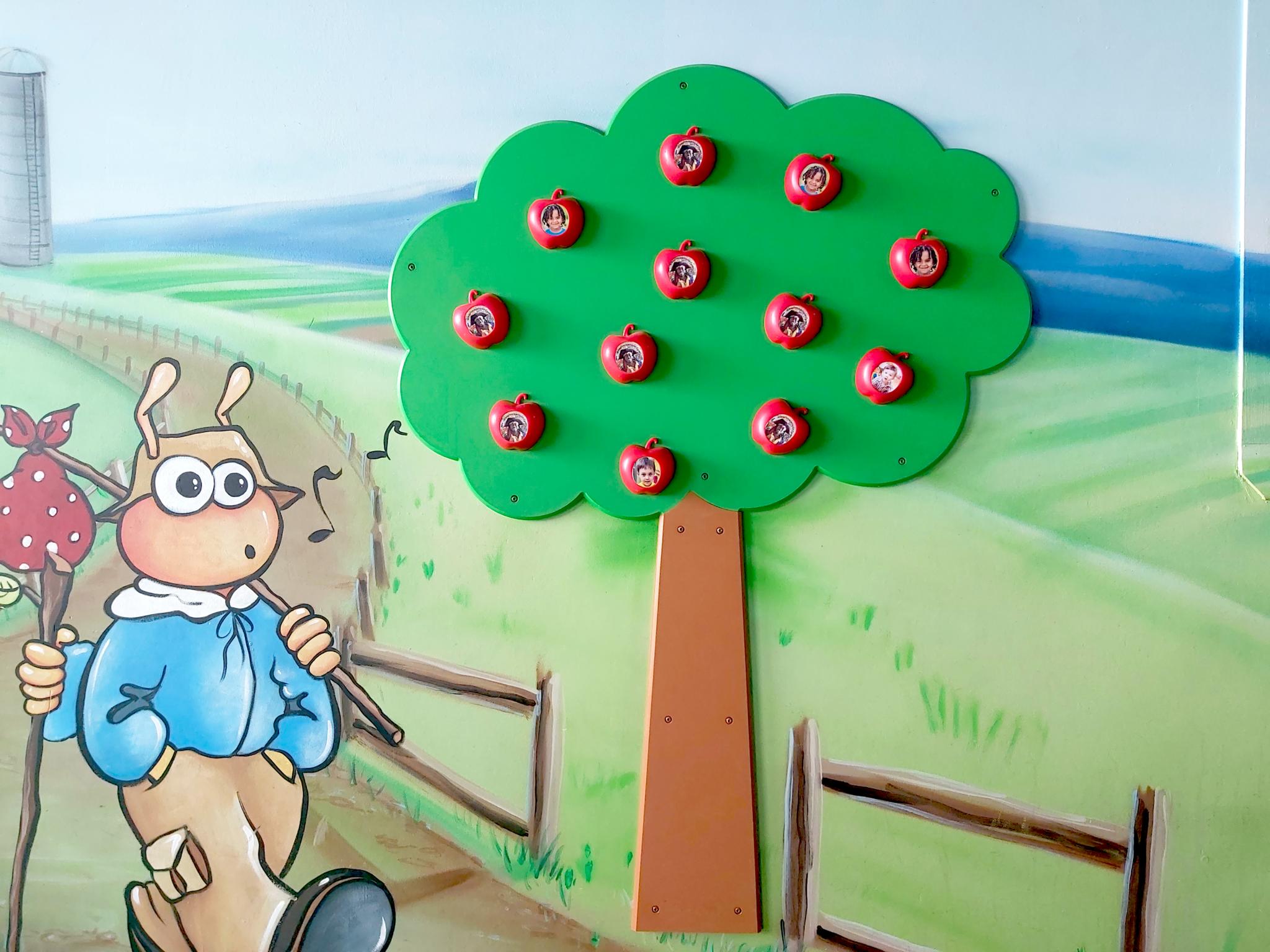 Children's Museum Factory Le Pommier Magnétique de 12 Pommes
