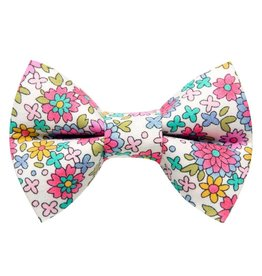 "SWEET PICKLES DESIGNS ""Kitty Soiree"" Bow Tie for Cats"