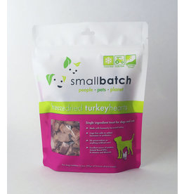 SMALL BATCH SMALL BATCH Freezedried Turkey Heart Dog & Cat Treats 3.5 oz.