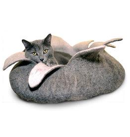 KARMA CAT KARMA CAT Natural Felt Petal Bed 14in