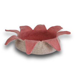 KARMA CAT KARMA CAT Rose Felt Petal Bed 14in