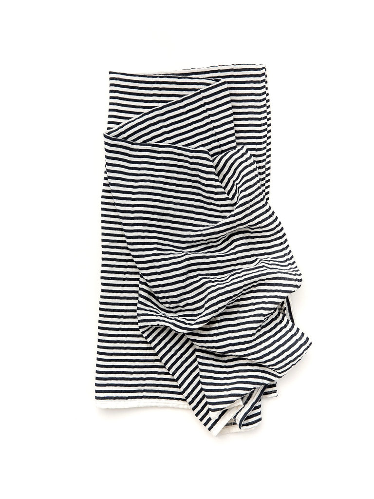 Black & White Swaddle