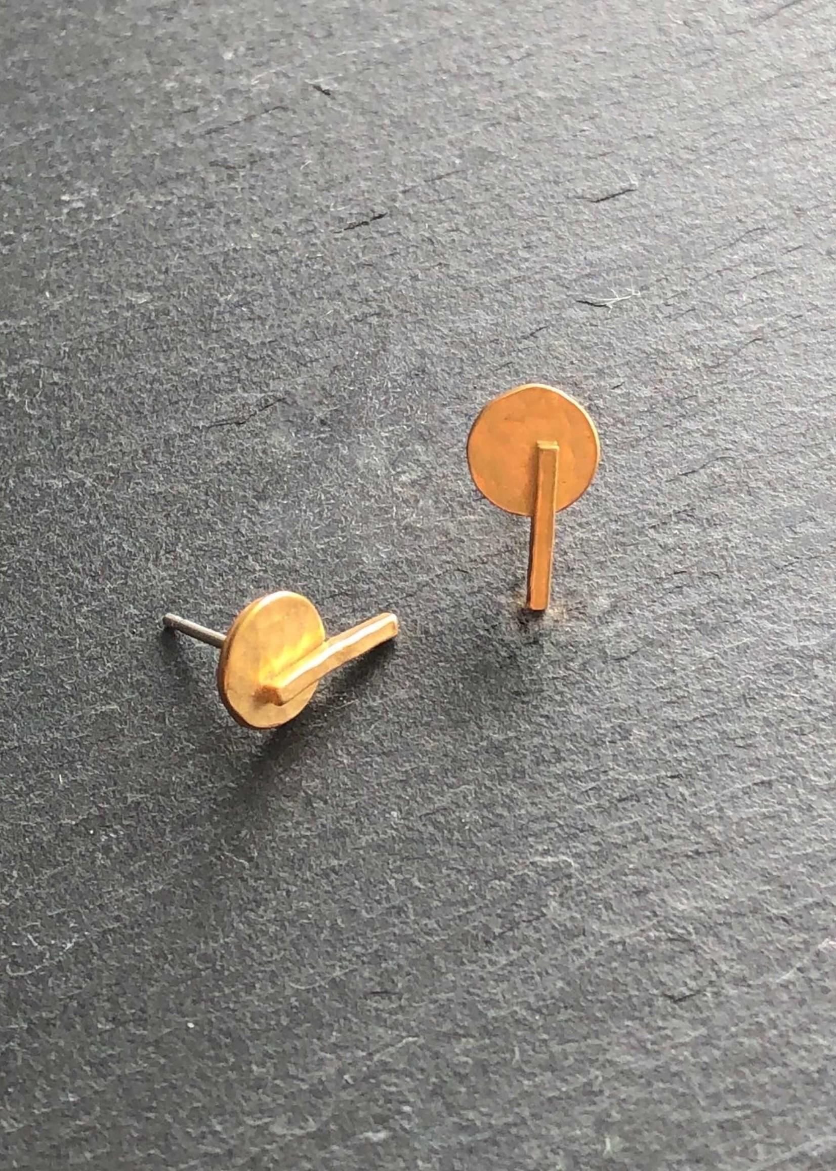 Denise Heffernan Denise Heffernan Disc Line Stud Earring 24k Gold Plate Vermiel