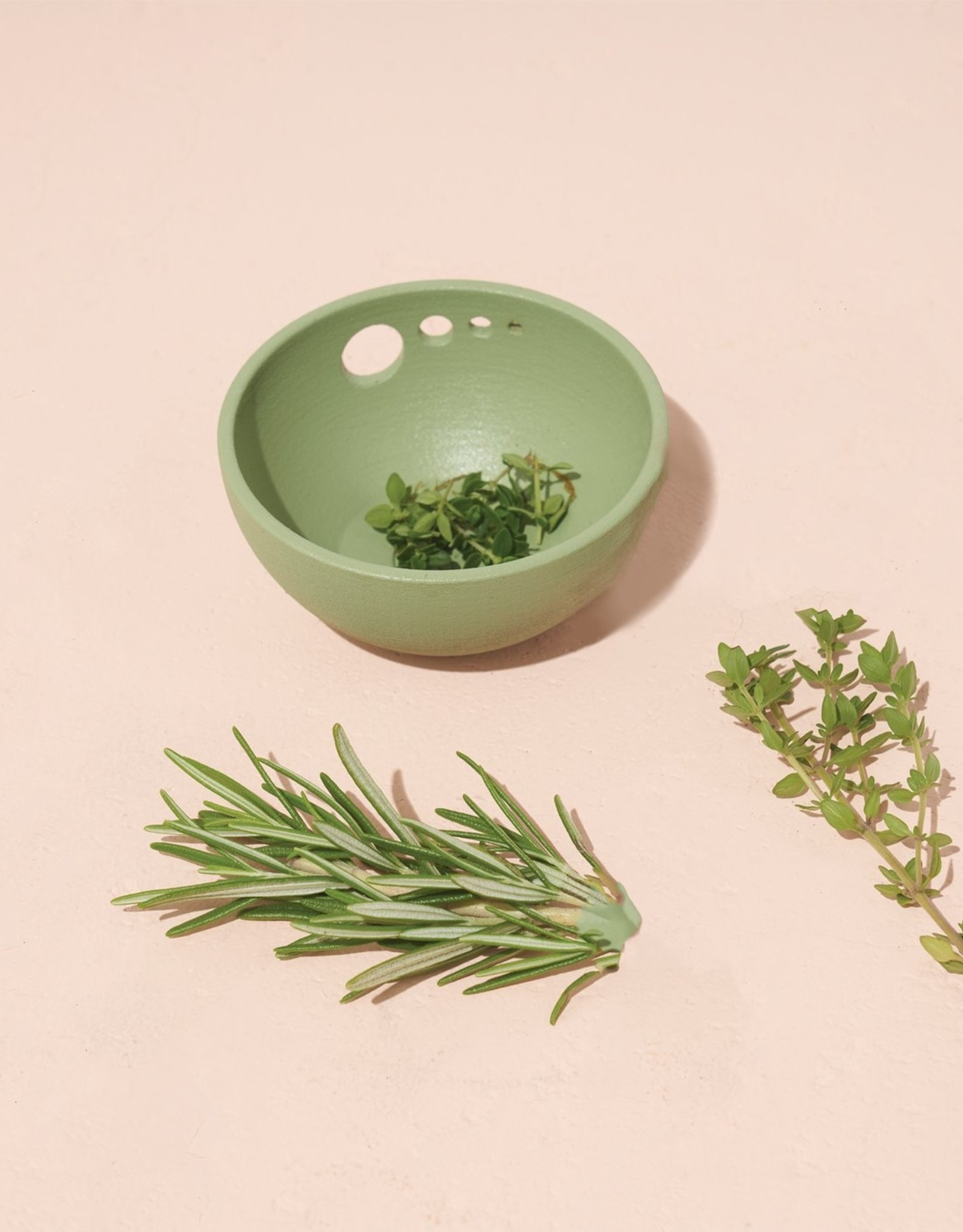 Modern Sprout Herb Pull & Pinch Dish