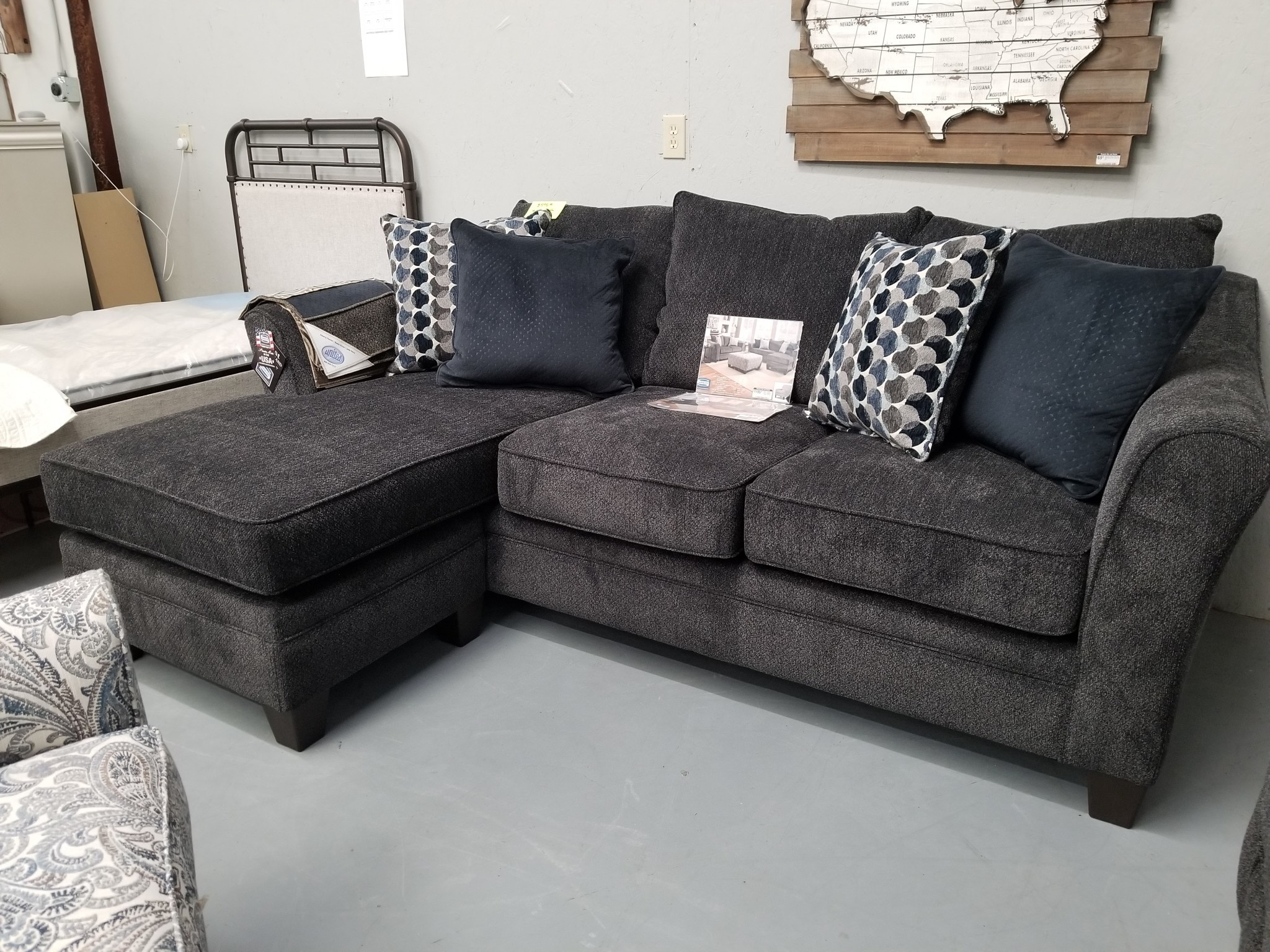 Albany Slate Chofa Sofa W/ Chaise Bubbles Ink