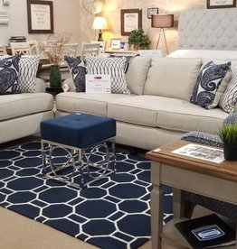 United Maggie Linen sofa and loveseat