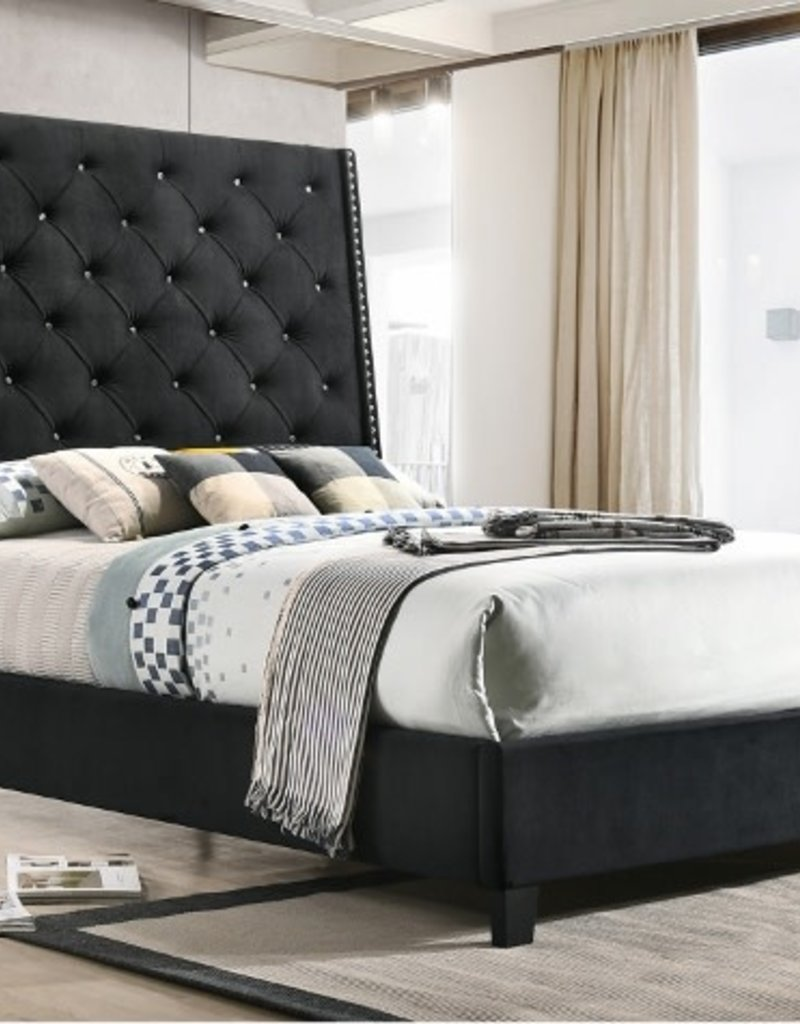Crownmark Chantilly Upholstered Bed