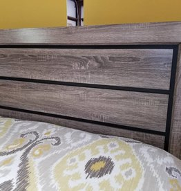 Crownmark Farrow Bed Driftwood - Queen