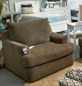 Lane Grandstand Walnut Chair 1/4