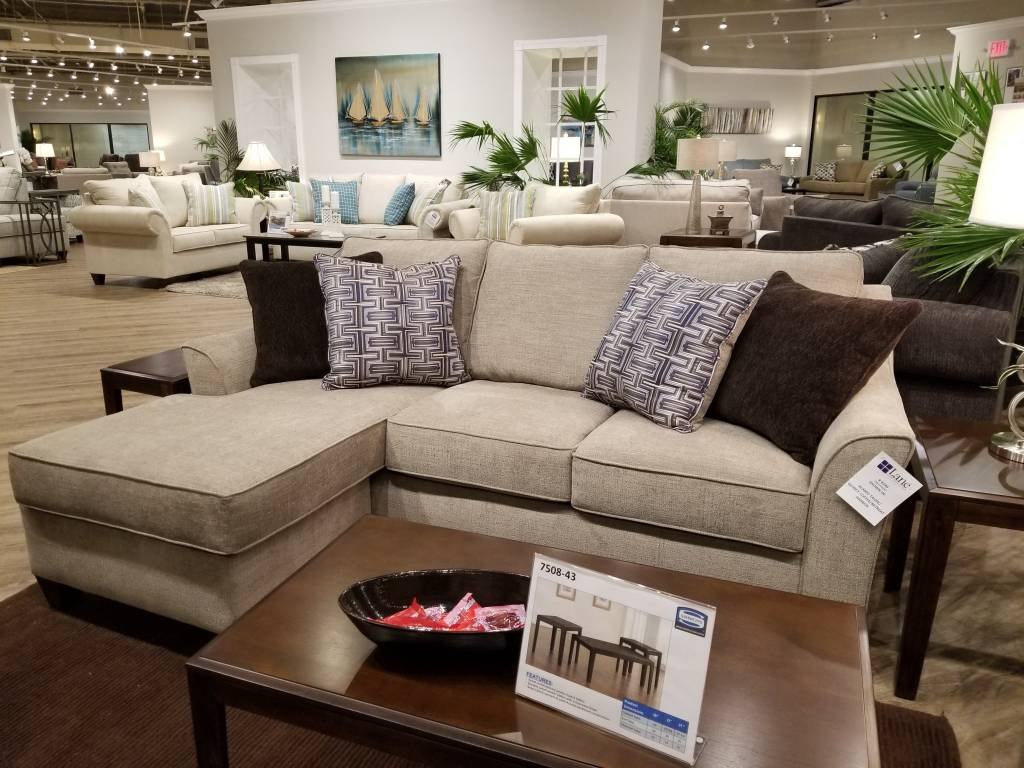 Alamo Taupe Sofa W Chaise Chofa 4330 Bargain Box And Bunks