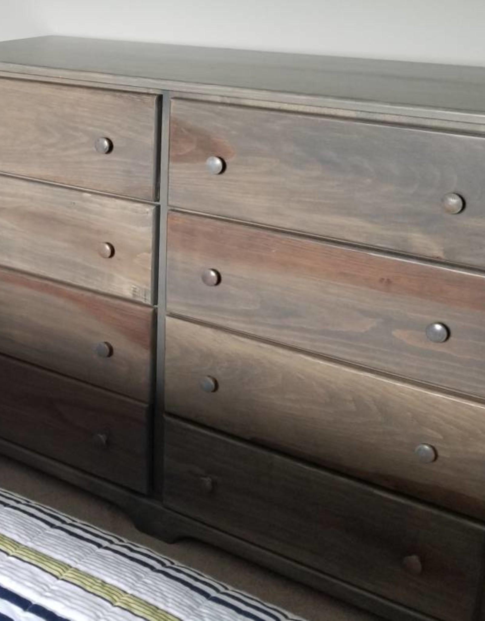 Fighting Creek Pine 8-Drawer Dresser w/ Euro Glides - w/ Stock Finish