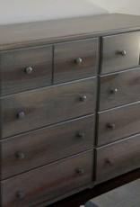 Fighting Creek Pine 8-Drawer Dresser w/ Full Ext Glides - w/ Stock Finish