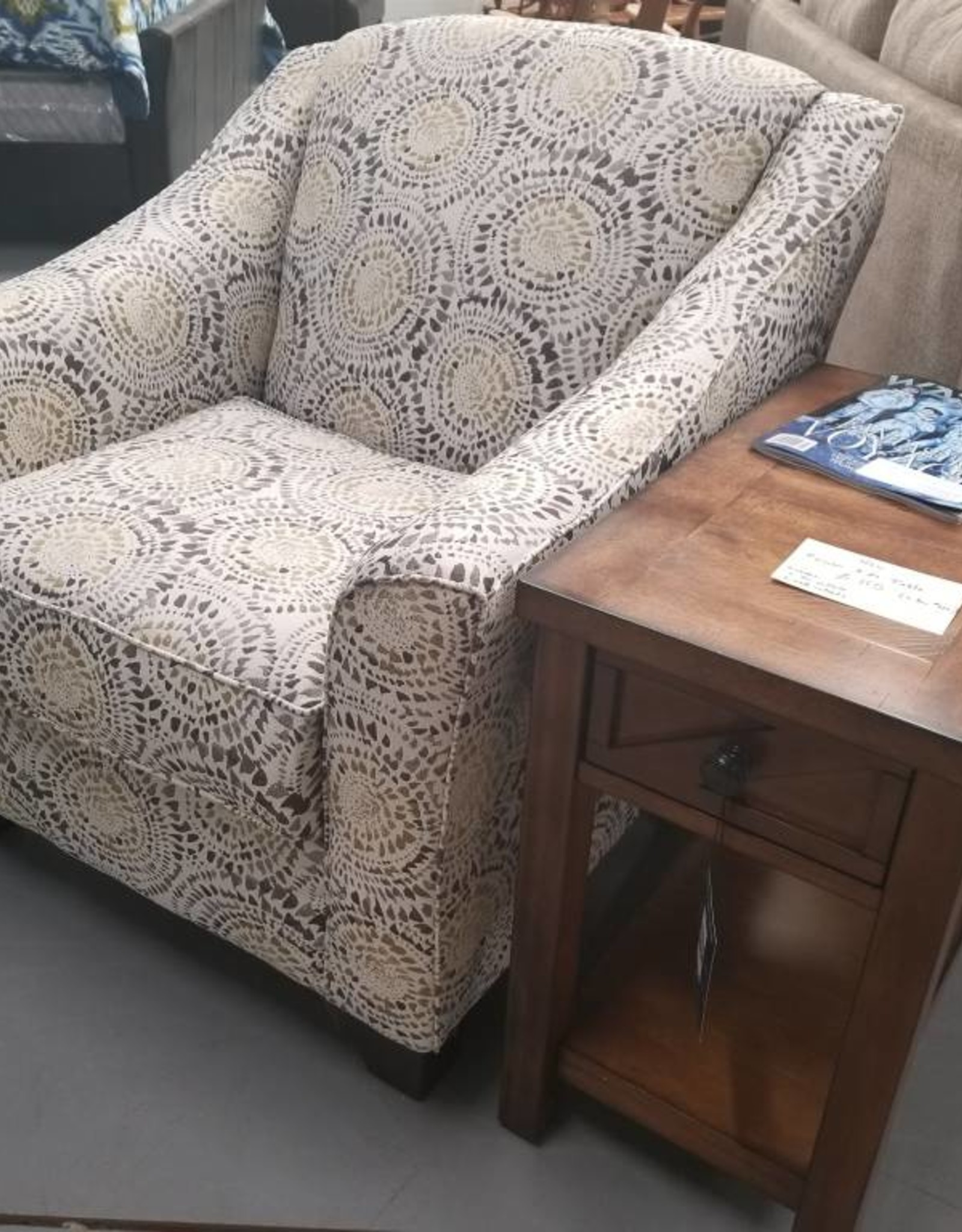 United Antique Mosaic Accent Chair