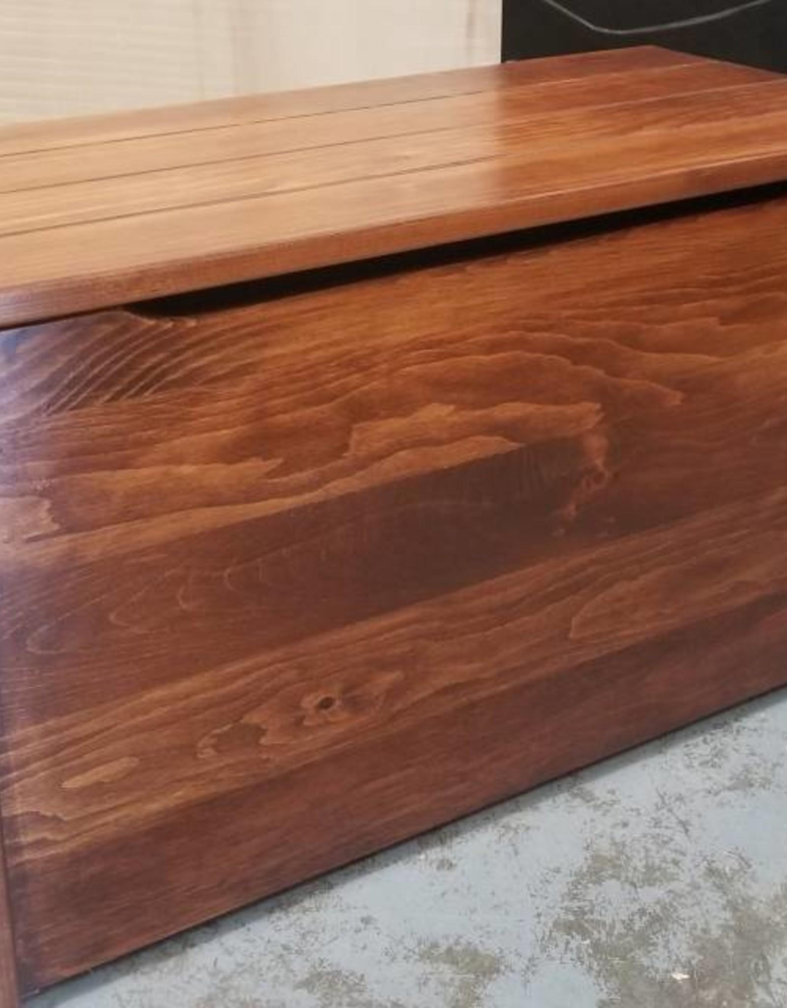 "Fighting Creek 30"" Pine Box w/ Lift Lid -  with stock finish"