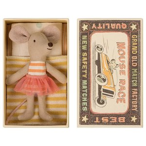 Maileg Maileg: Little Sister Mouse in Box - Yellow Stripe Blanket Polka Dots