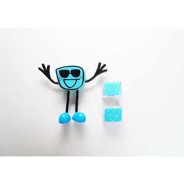 Glo Pals GloPals: Blair Figure with 2 Light Up Cubes