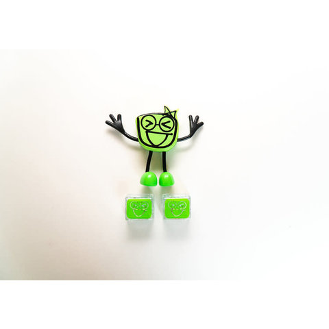 GloPals: Pippa Figure with 2 Light Up Cubes