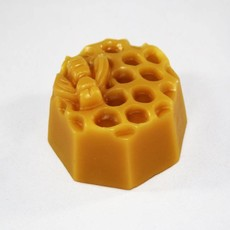 Round Comb with Bee Decorative Beeswax