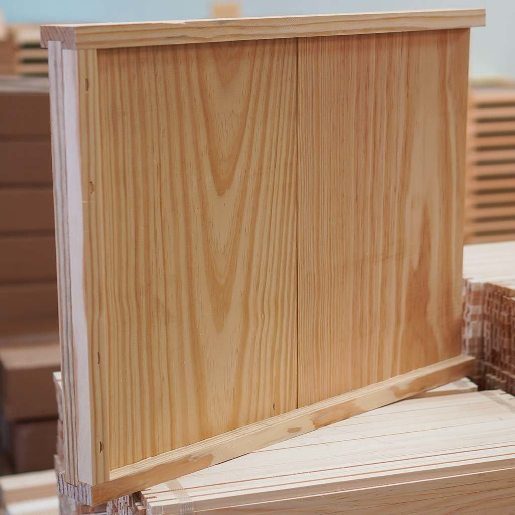 Bottom Board Solid 8fr SFBS