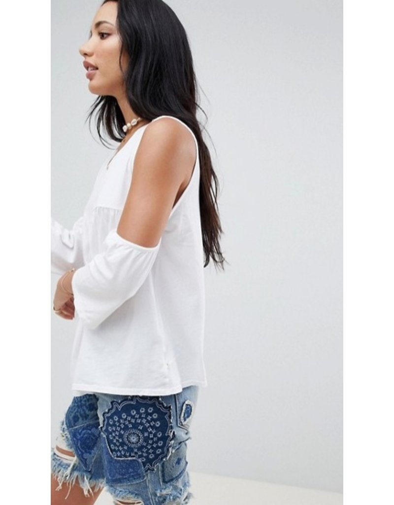 nytt nytt valentina cold shoulder top