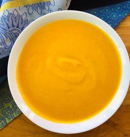 Soupe à la citrouille et aux feuilles de kaffir