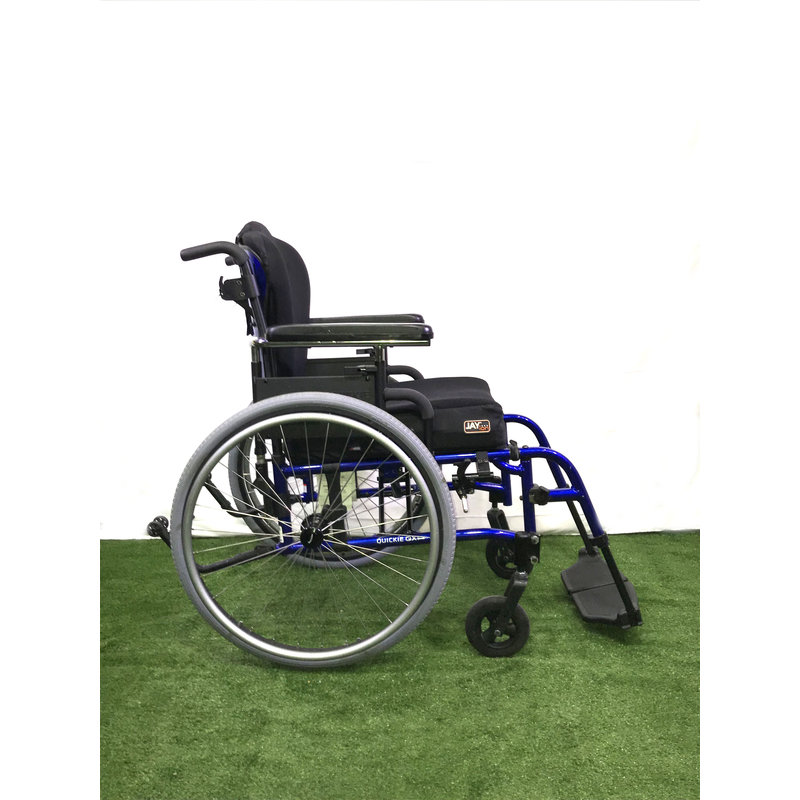 "Refurbished 17"" Sunrise Medical Quickie QXI Manual Wheelchair"