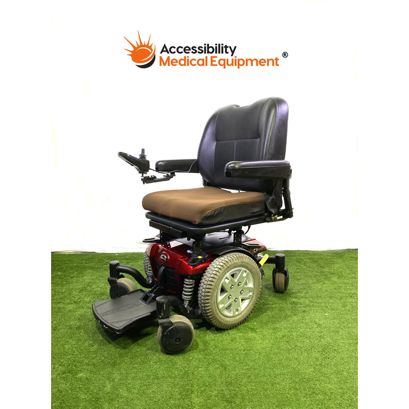 "Refurbished Quantum Q6 Edge Power Chair 20"" seat & working batteries"