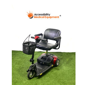 Refurbished Pride GoGo Elite Traveler 3 Wheel Power Scooter - New Batteries