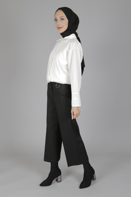 Radia Shaker fefe pantolon