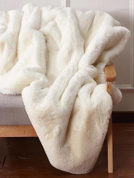 Rug Factory Plus Faux Chinchilla Throw