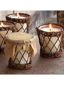 Tobacco Leaf Candle