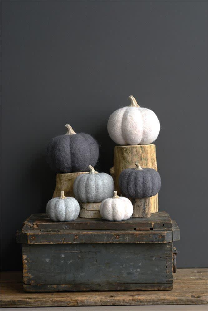 """3-1/2"""" Round Wool Felt Pumpkin"""