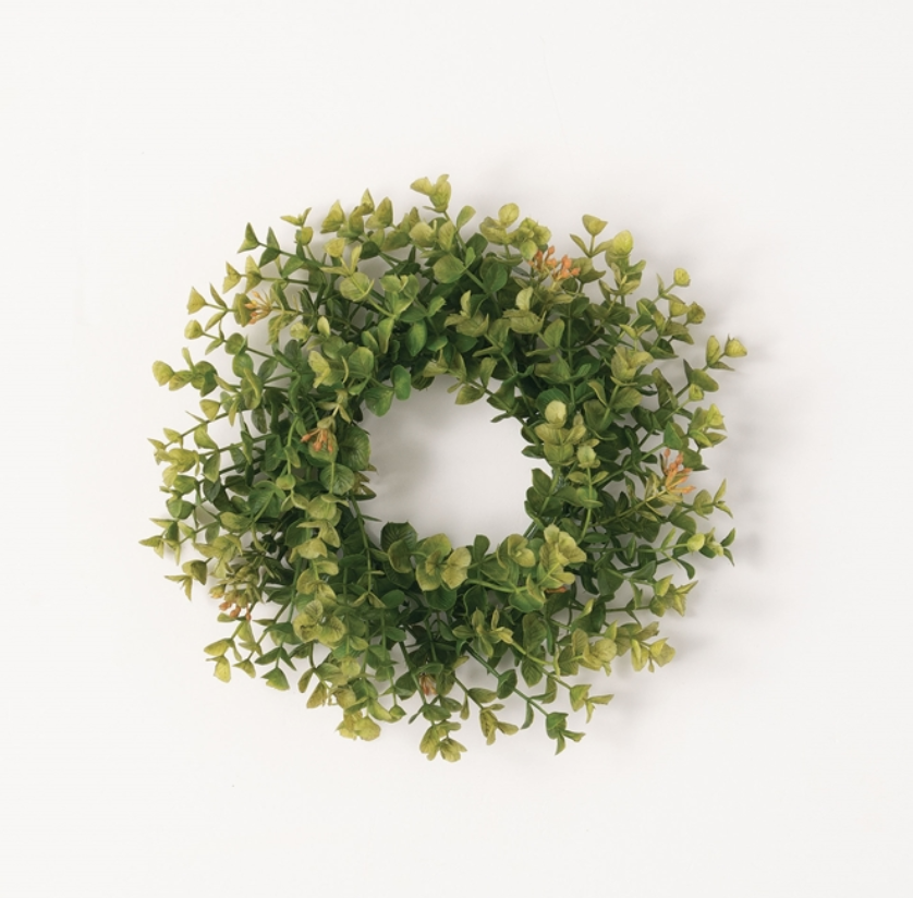 New England Boxwood Accent Wreath
