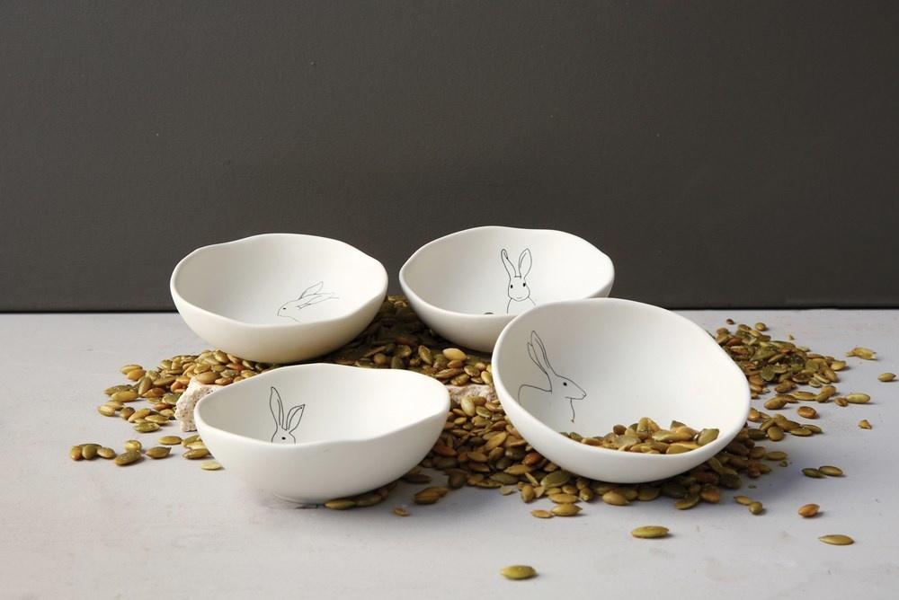 "4"" Round Stoneware Bowl w/ Rabbit"