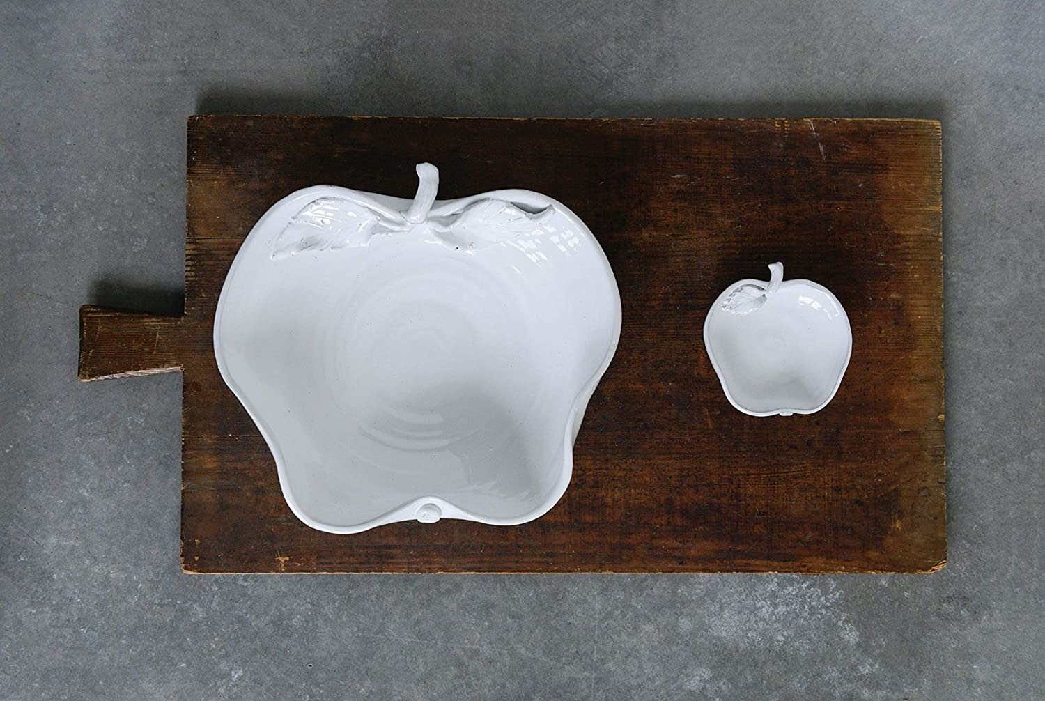 13' Terra Cotta White Apple Bowl