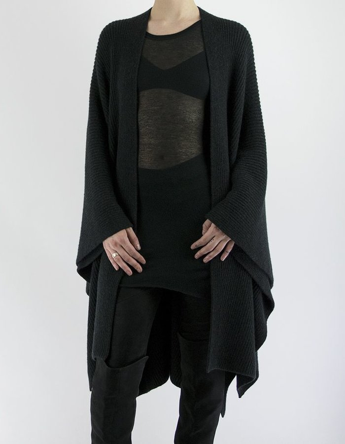 ISABEL BENENATO FULL CARDI RIB KNIT CAPE BLACK