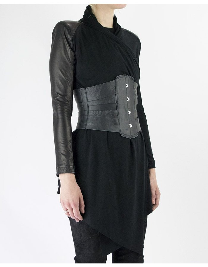 LOCAL ARISTS LACE UP WAIST CINCHER