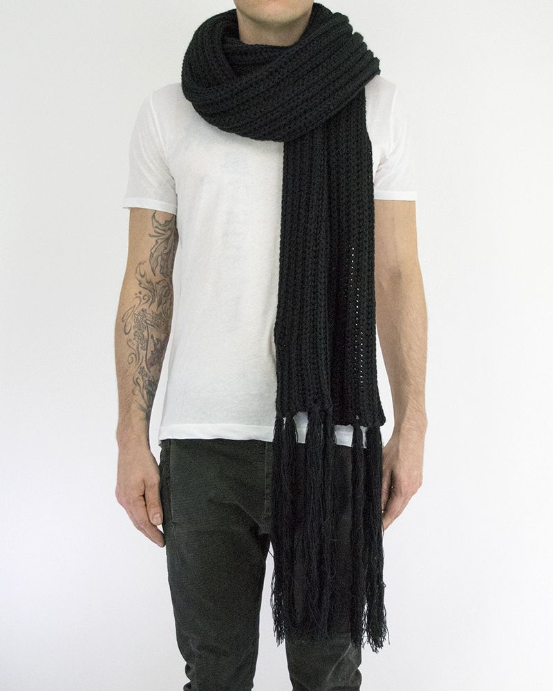 FLEET SCARF WITH FRINGE