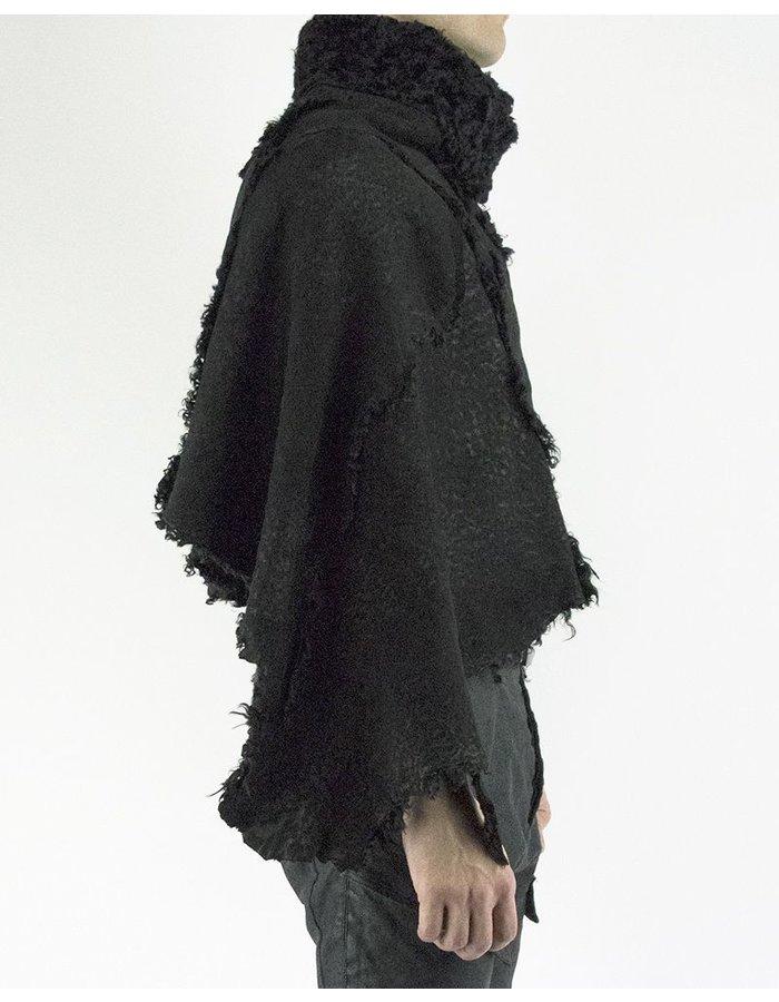 10SEI0OTTO CURLY LAMB SHEEPSKIN CAPE